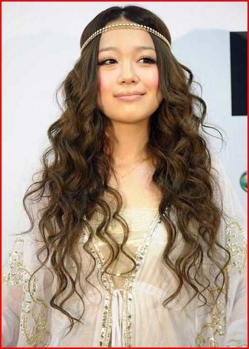 asian Curly long hair screaming