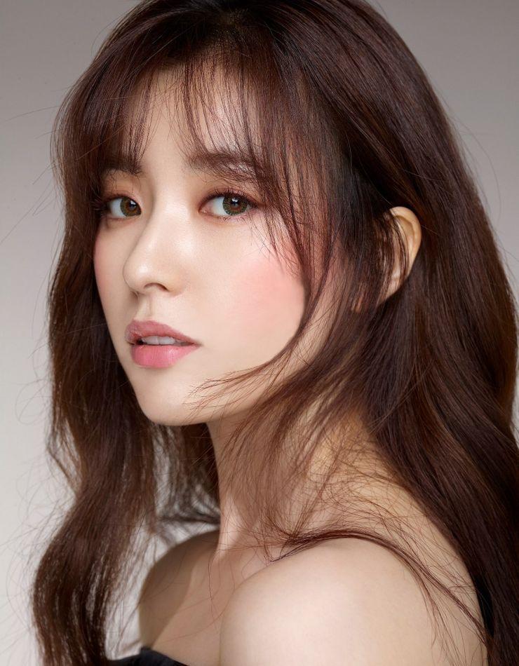 hair secretary Long cute asian