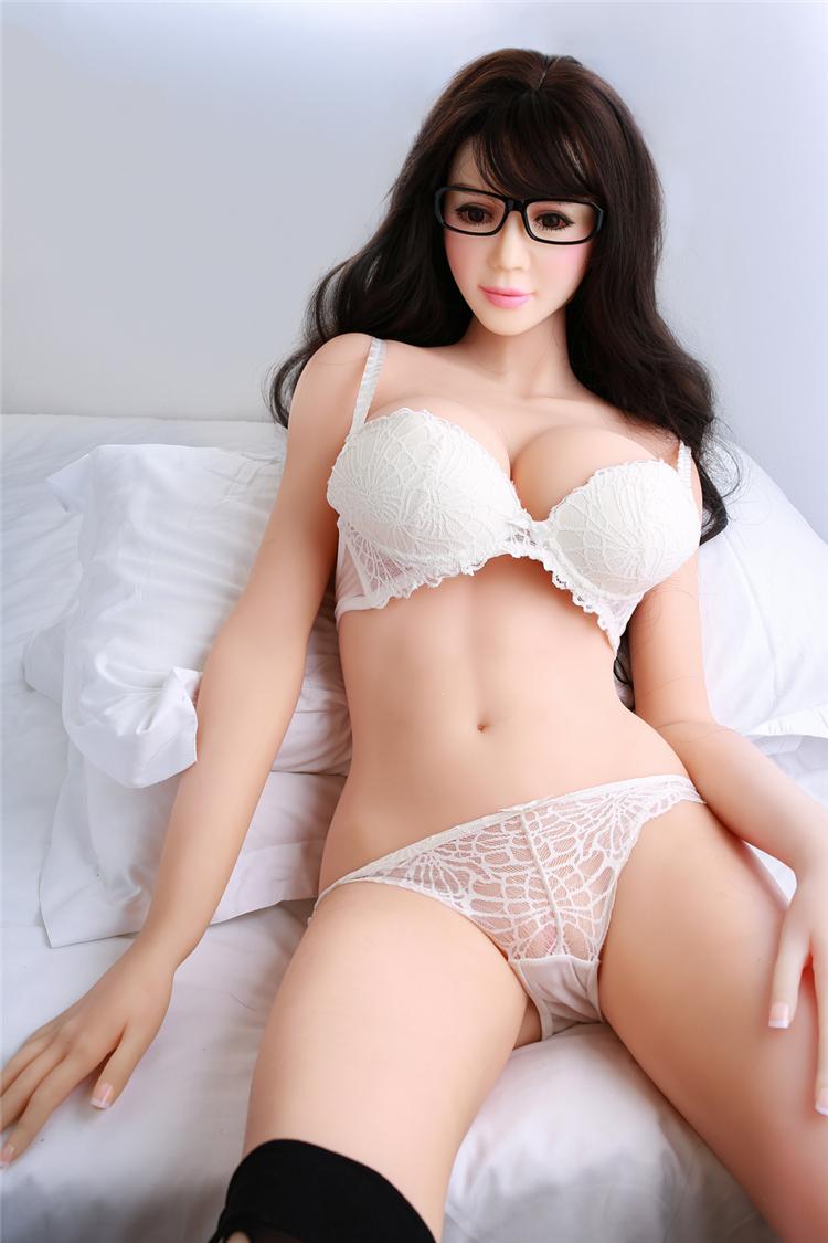 Busty blonde hentai panties