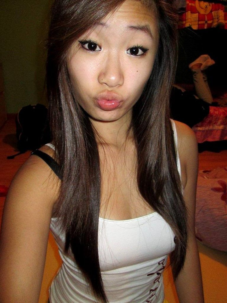 Stacy recommends Beautiful naked chinese female models thumbnails