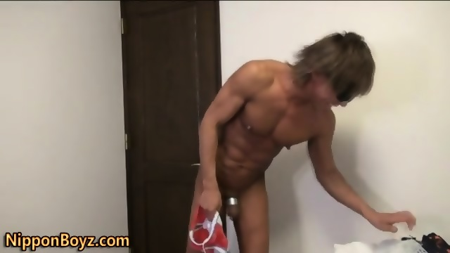 penis Asia gay small