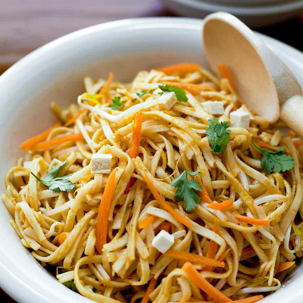 salad receipe asian Broccoli noodles with