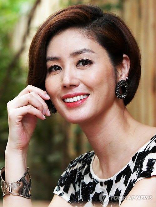 hair asian Short wife