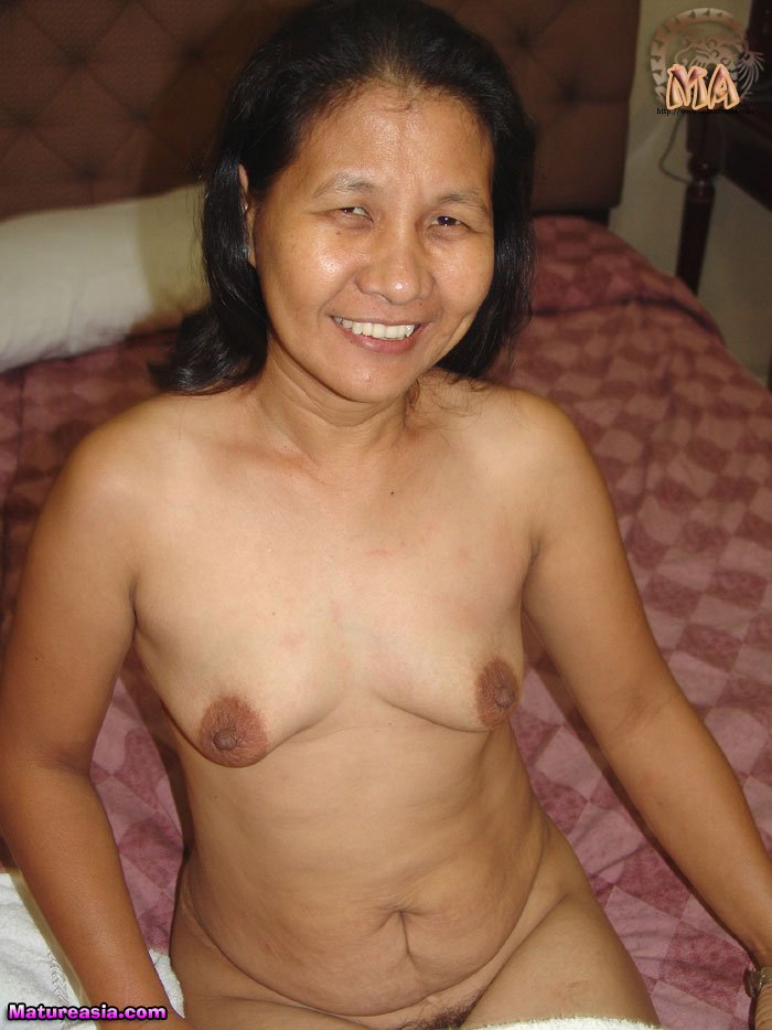 sex chinese Oral grandmothers and