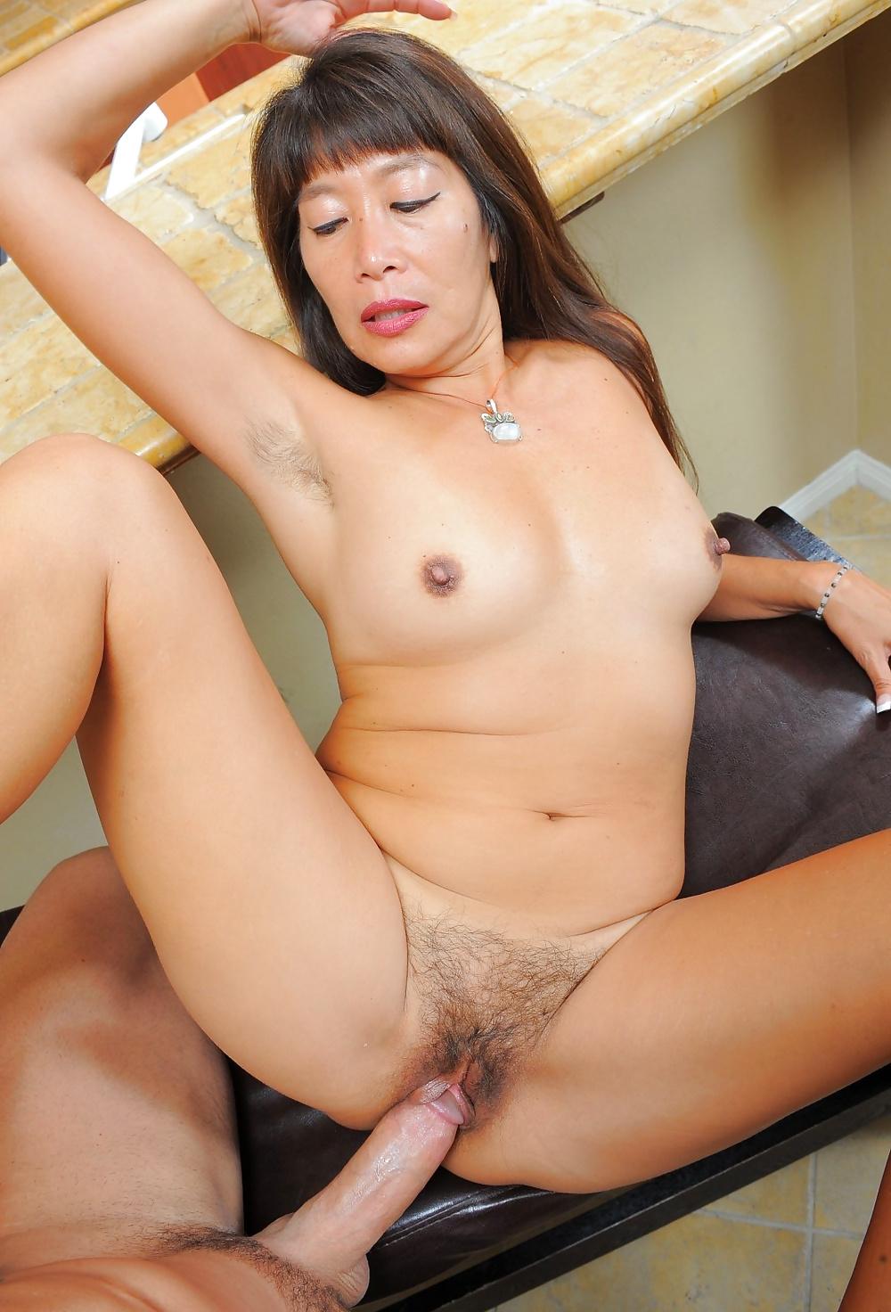 Chinese girl sex massage
