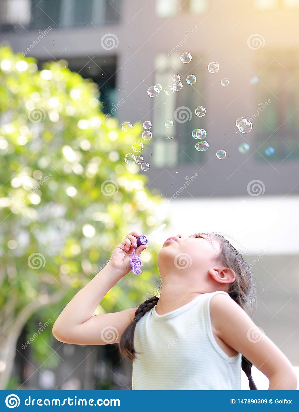 outdoor wanking bubble Asian