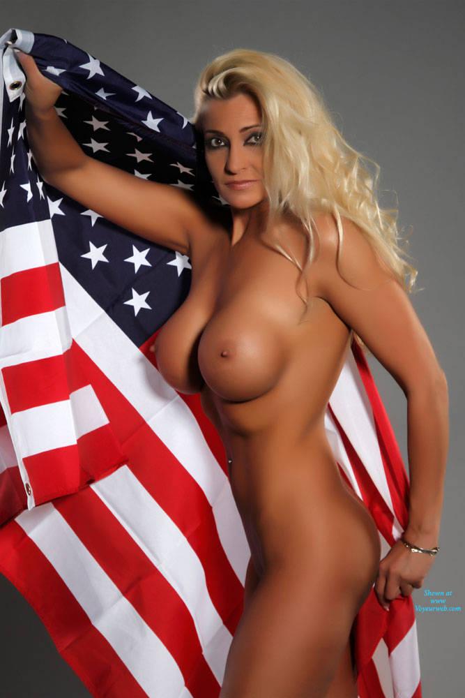 girl nudes Big