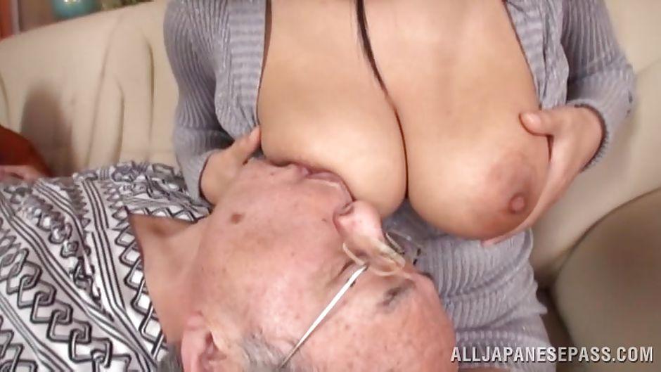 Chinese boobs sucking porn