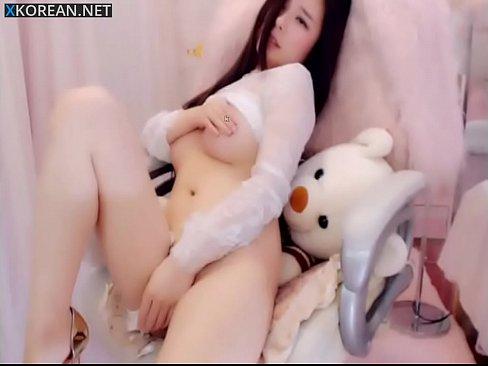 chinese on webcam Beautiful girl masturbate