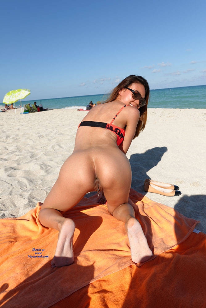 beach Chinese in europe girl naked