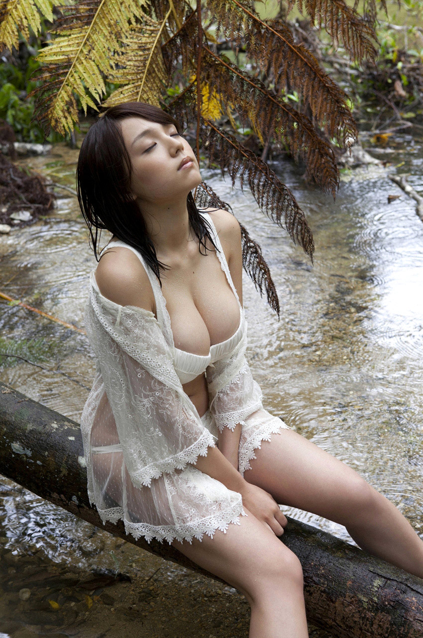 Lindsay recommends Outdoor asian uncensored cumshot
