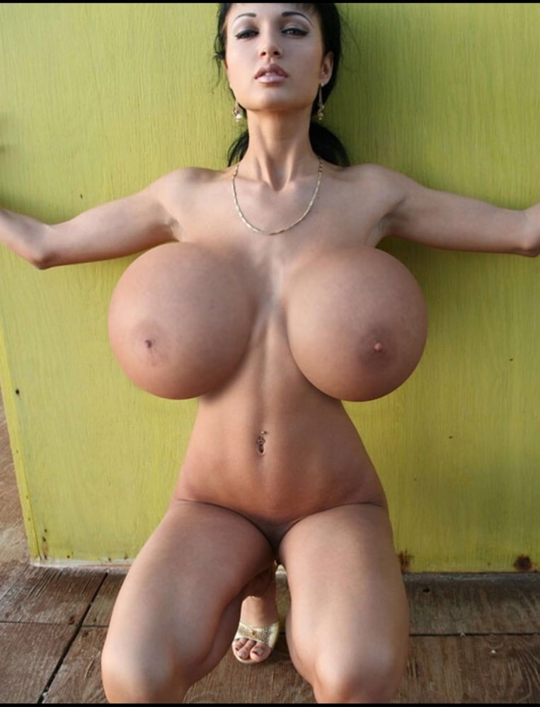 huge Lilly boobs chinese
