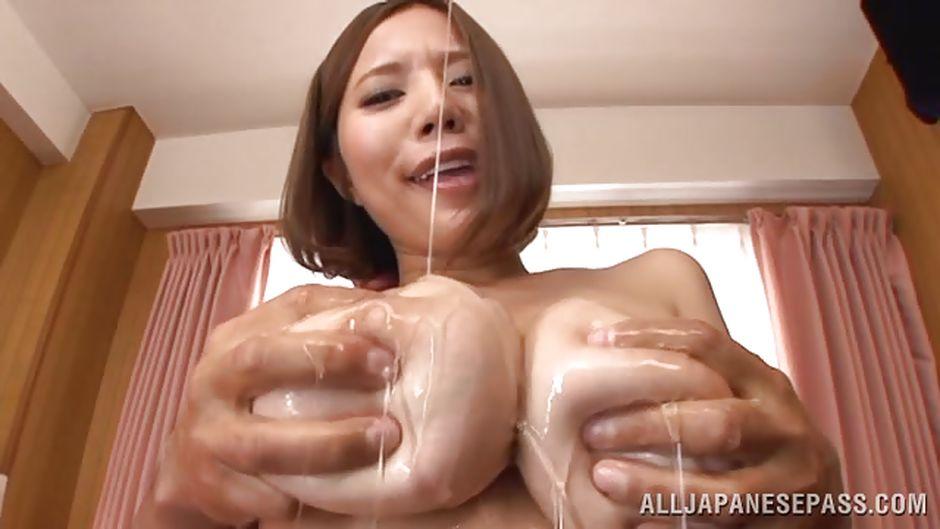 sucking Chinese porn boobs