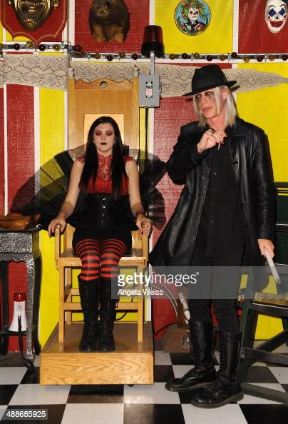 morgue asia ray and dating Freakshow